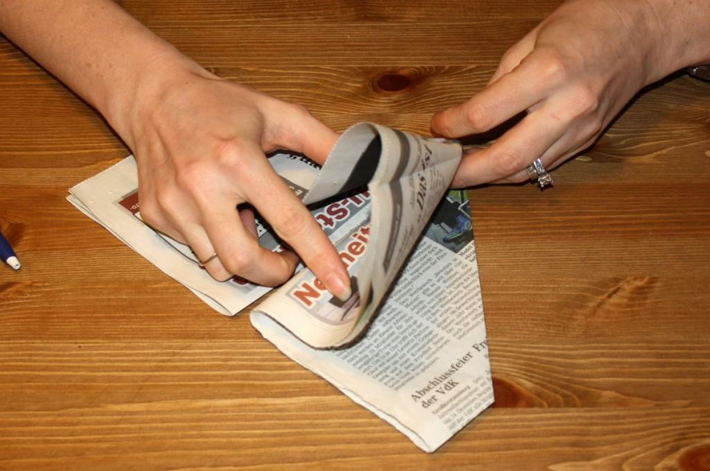 newspaperpots09