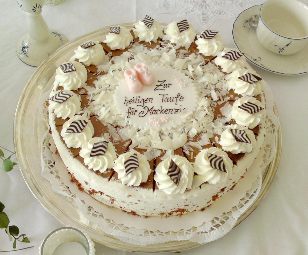 Mackenzie christening cake 03