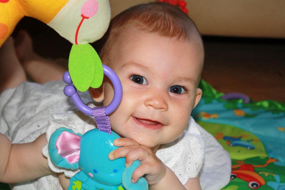Mackenzie 8 months play time