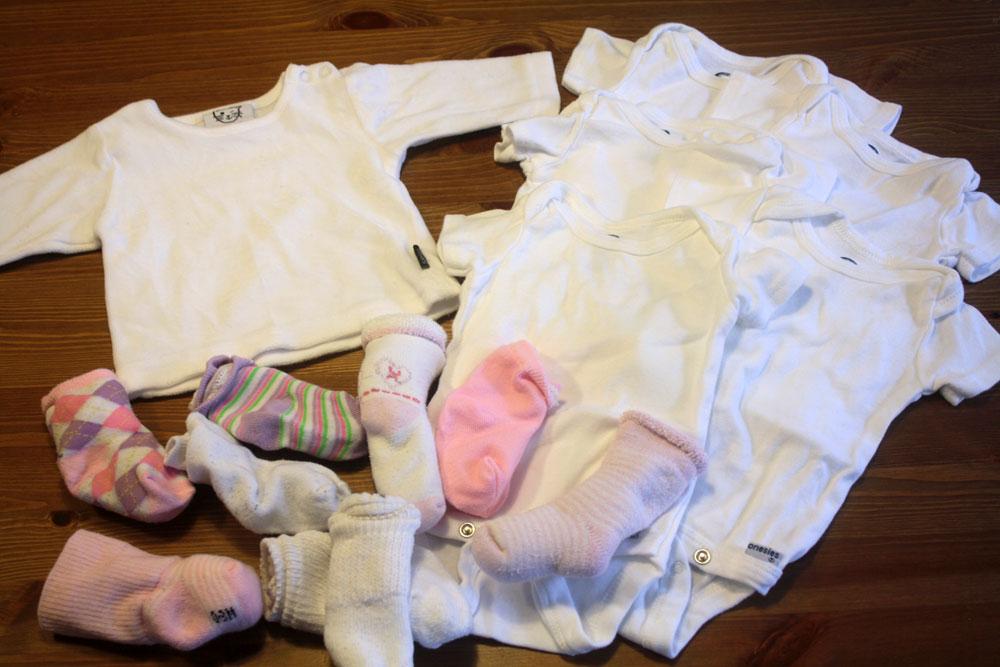 decluttering giveaway 1 newborn clothes   no ordinary