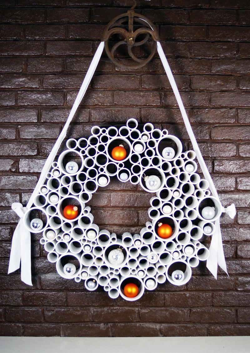Build a PVC wreath for next Christmas