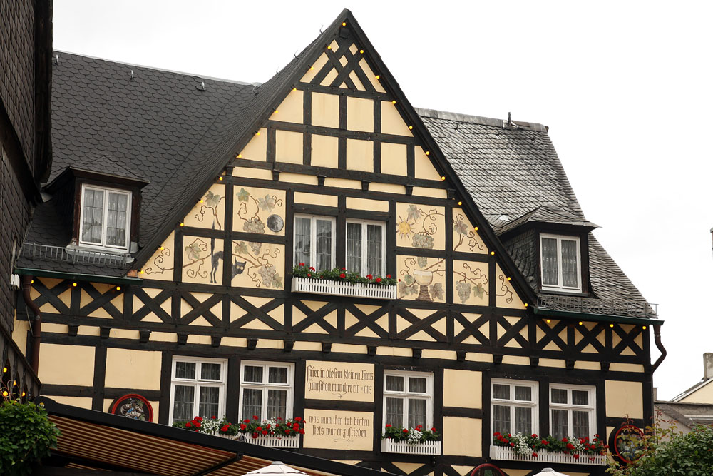 Walking the streets of rudesheim no ordinary homestead for German house builders