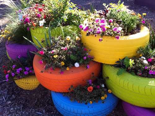 painted-tire-planters