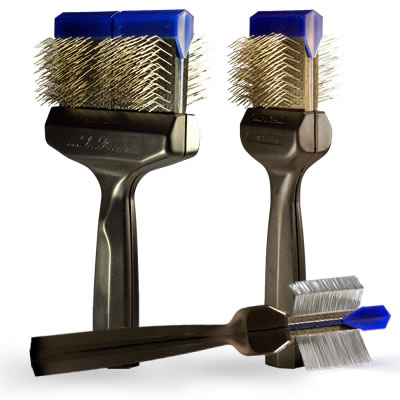 The best dog brush ever – Les Poochs Firm Review