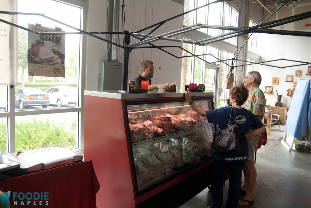 vanderbilt-farmers-market-naples-fl_meat-02