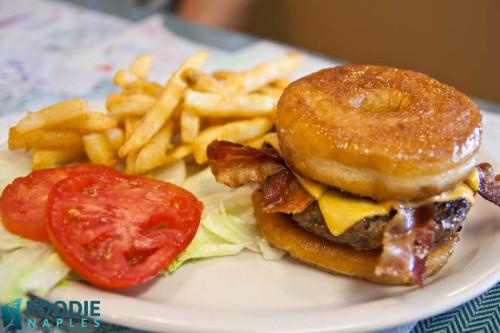 brooks-burgers-naples-fl-10