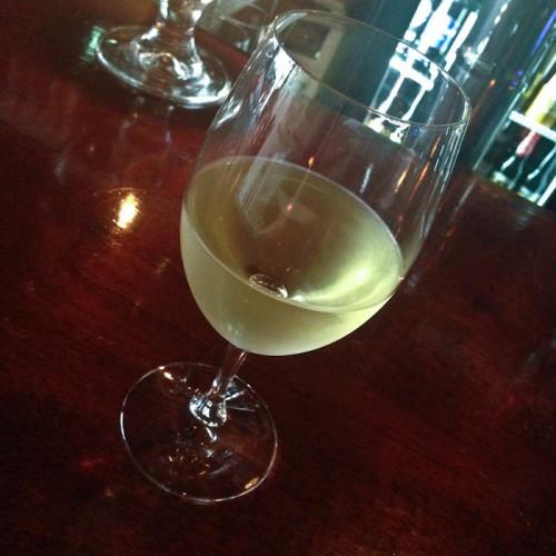 5th-avenue-naples-fl_wine-happy-hour
