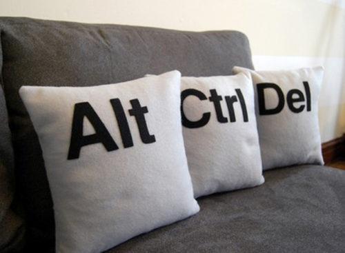 funny-tech-pillows