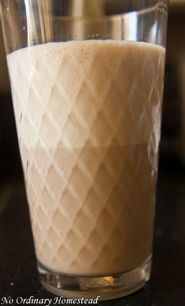 Make your own yummy latte macchiato at home!