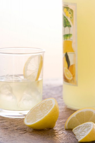Welcome spring with this Italian Limoncello recipe