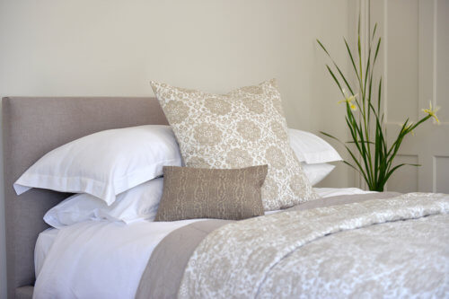 Awesome Once you have pleted your new bedding set it us time to look at some accessories to add into the mix Throw blankets and pillows are a nice touch and