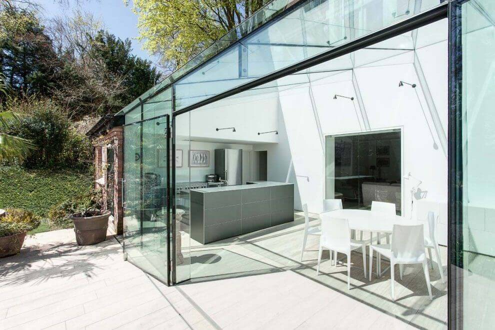 How to Avoid Heat Loss in a Glass Extension for Houses