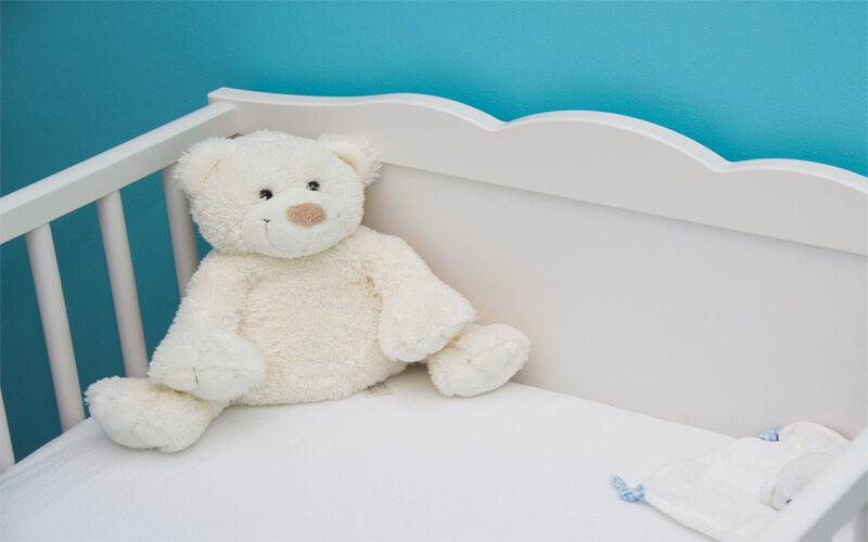 baby bed blue