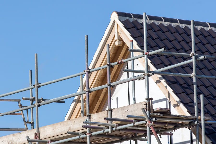 How To Hire The Best Contractors For Your Self-Build
