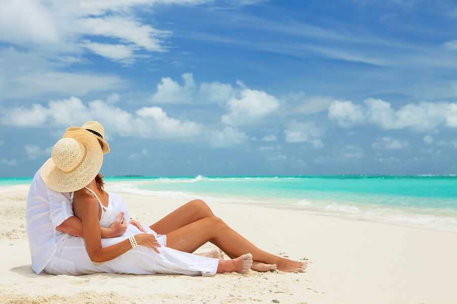 3 Things To Deepen Your Love While on Honeymoon