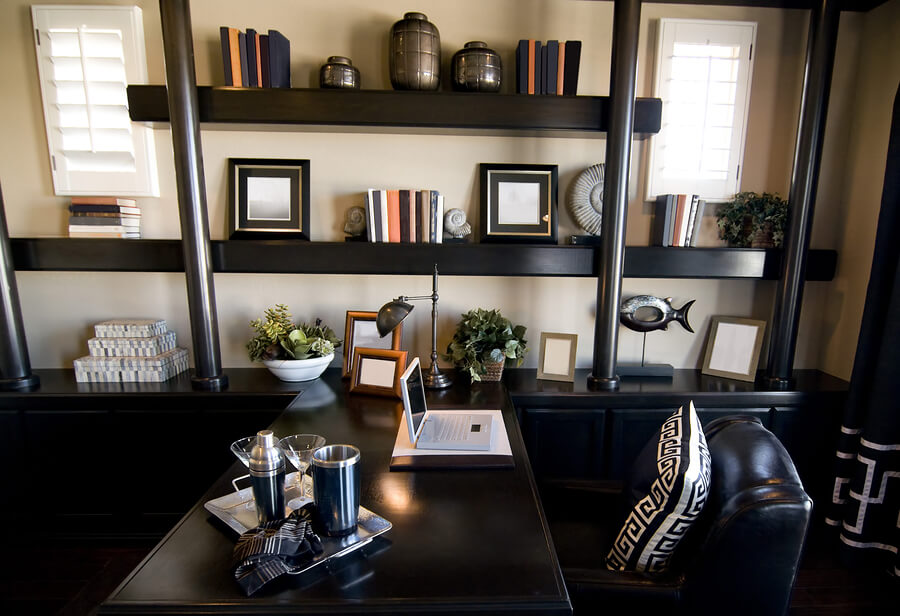 Small Home Office Spaces in Unexpected Places