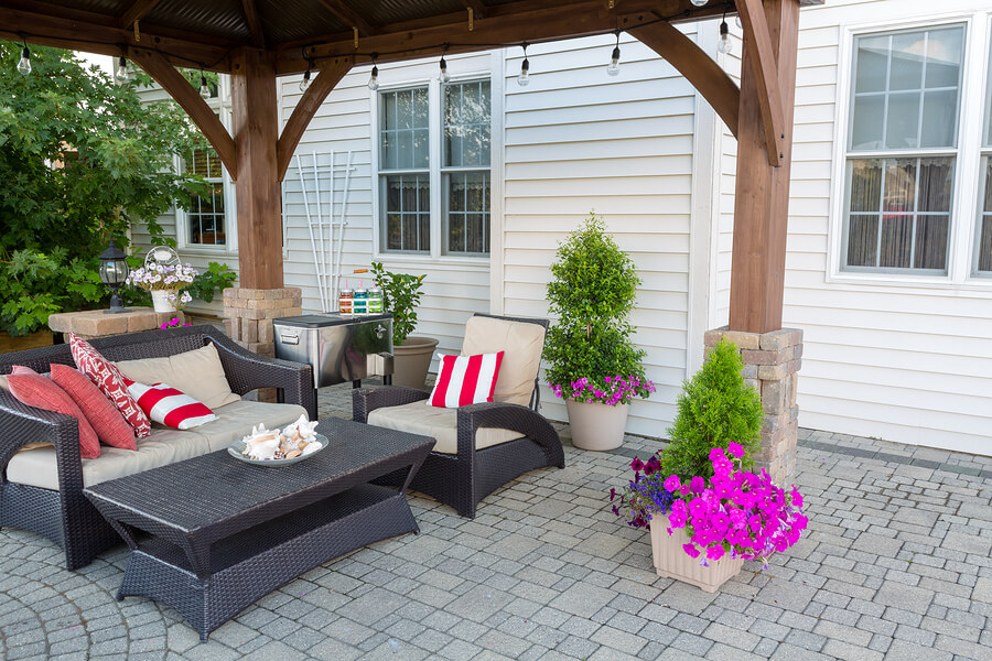 How To Expand Your Living Space Outdoors