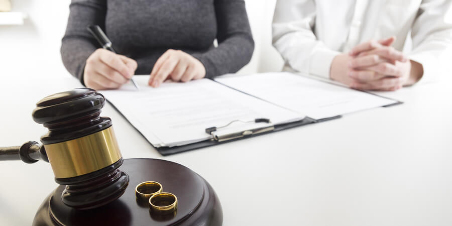Divorce Over The Internet   What to Know?
